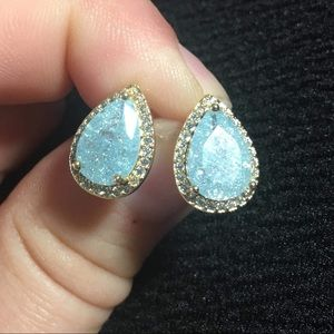 Stunning Boutique Earrings! Studs